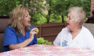 Как восстановить речь после инсульта при ее нарушении или полной потере