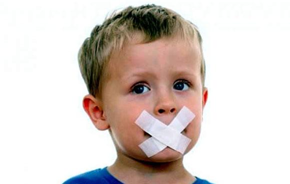 Ребенку не дают сказать